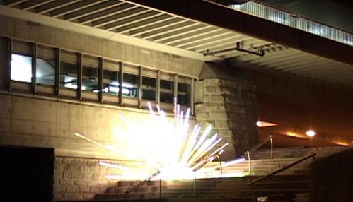 12explosionen.jpg